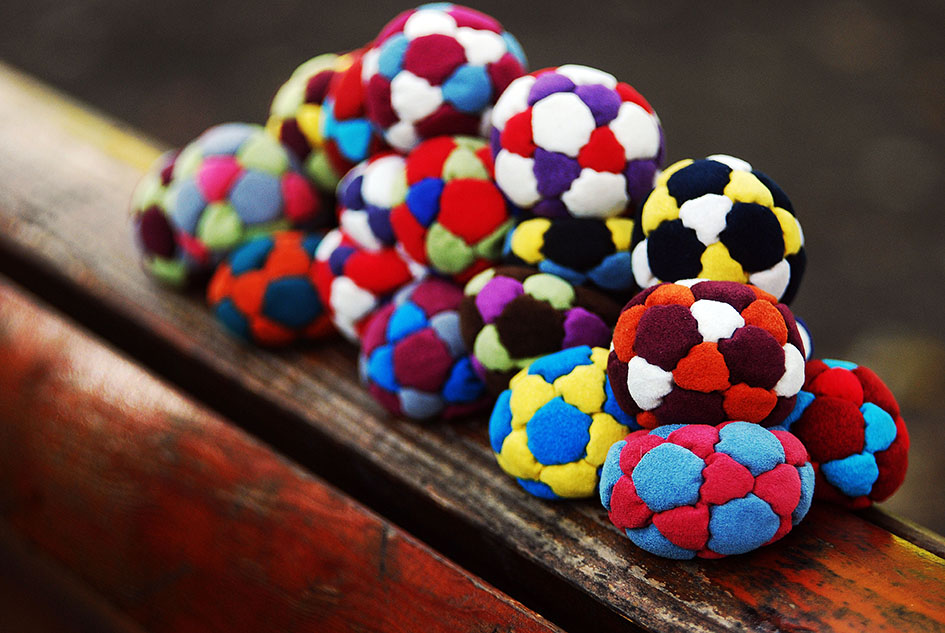 Best Footbags and hacky sacks